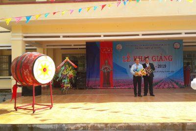 Trường THPT Lê Duẩn tưng bừng trong ngày giảng năm học mới 2018-2019
